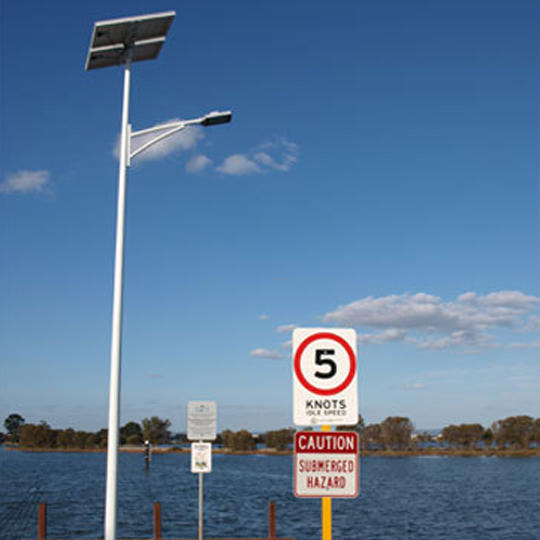 7M 42W Solar Street Lighting